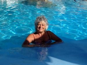 gabrielle in the pool in Gran Canaria